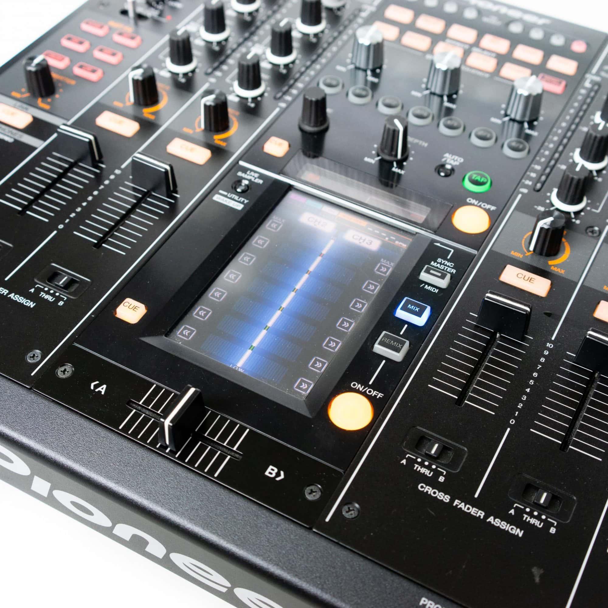 Pioneer DJ DJM 2000NXS