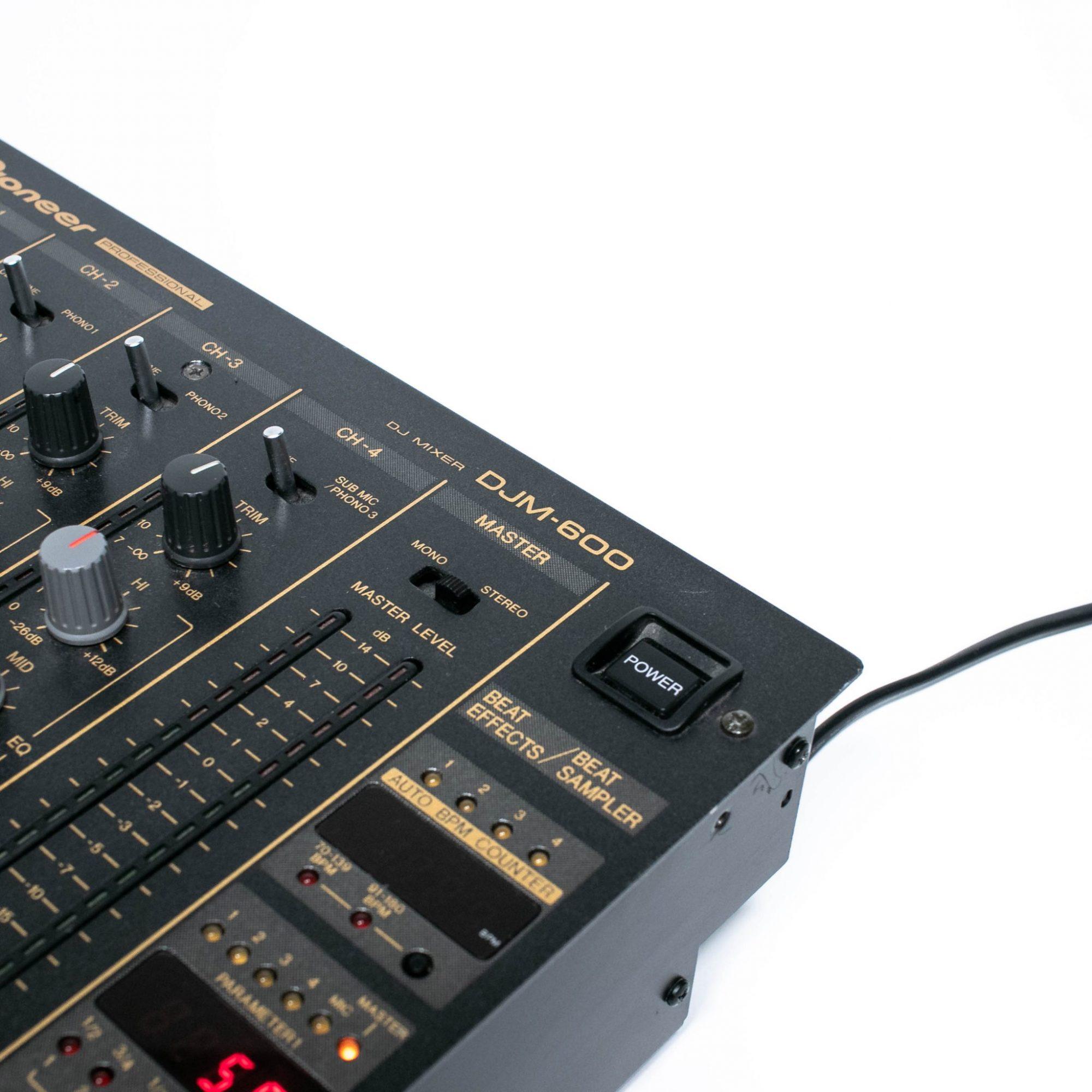 gebraucht kaufen Pioneer DJM 600
