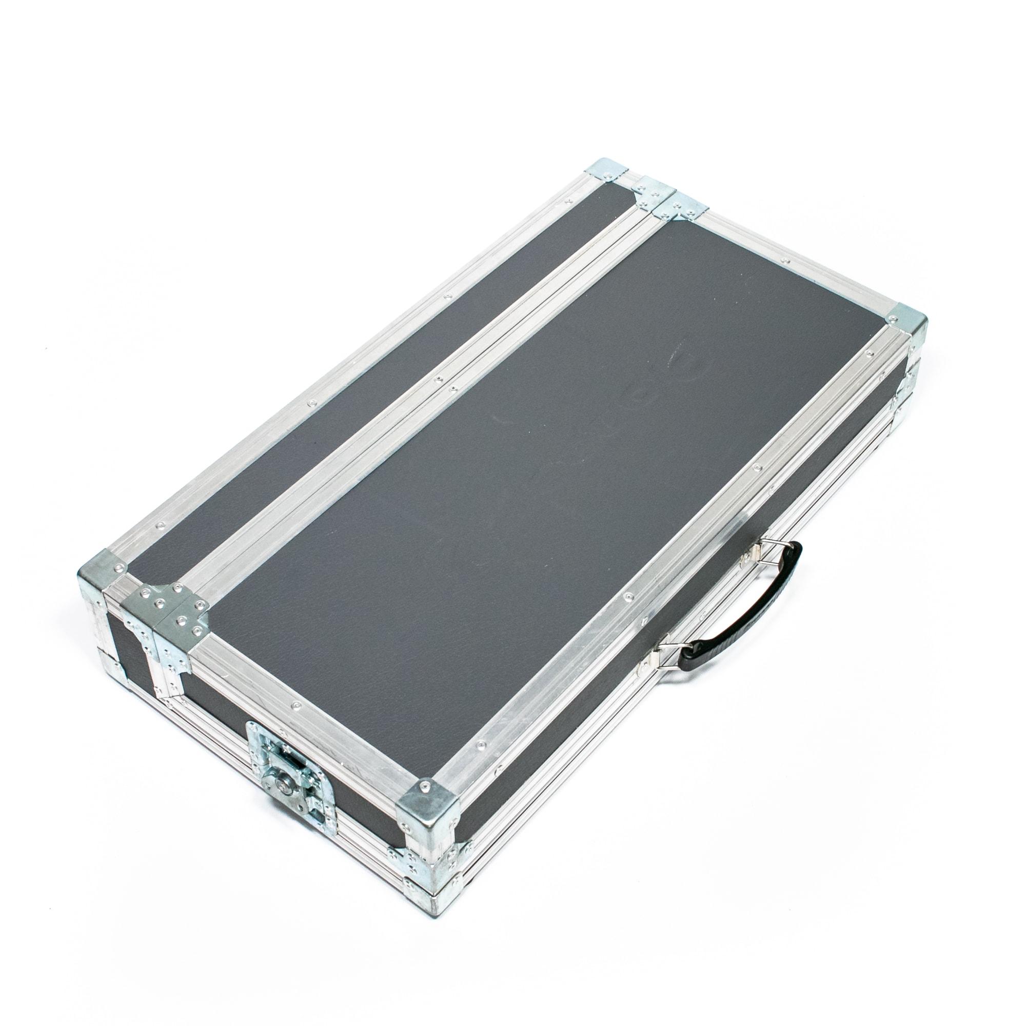 350er Case Grau 3