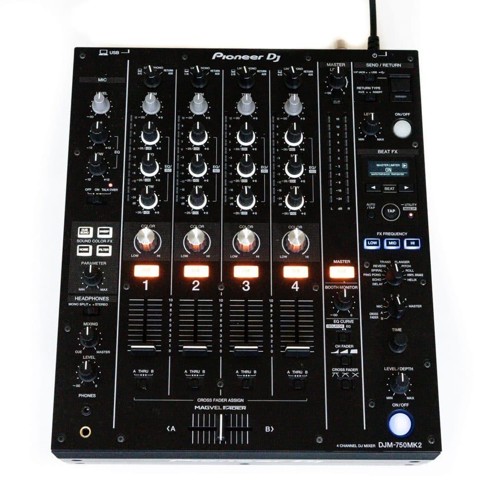 gebraucht kaufen Pioneer DJM 750 MK2