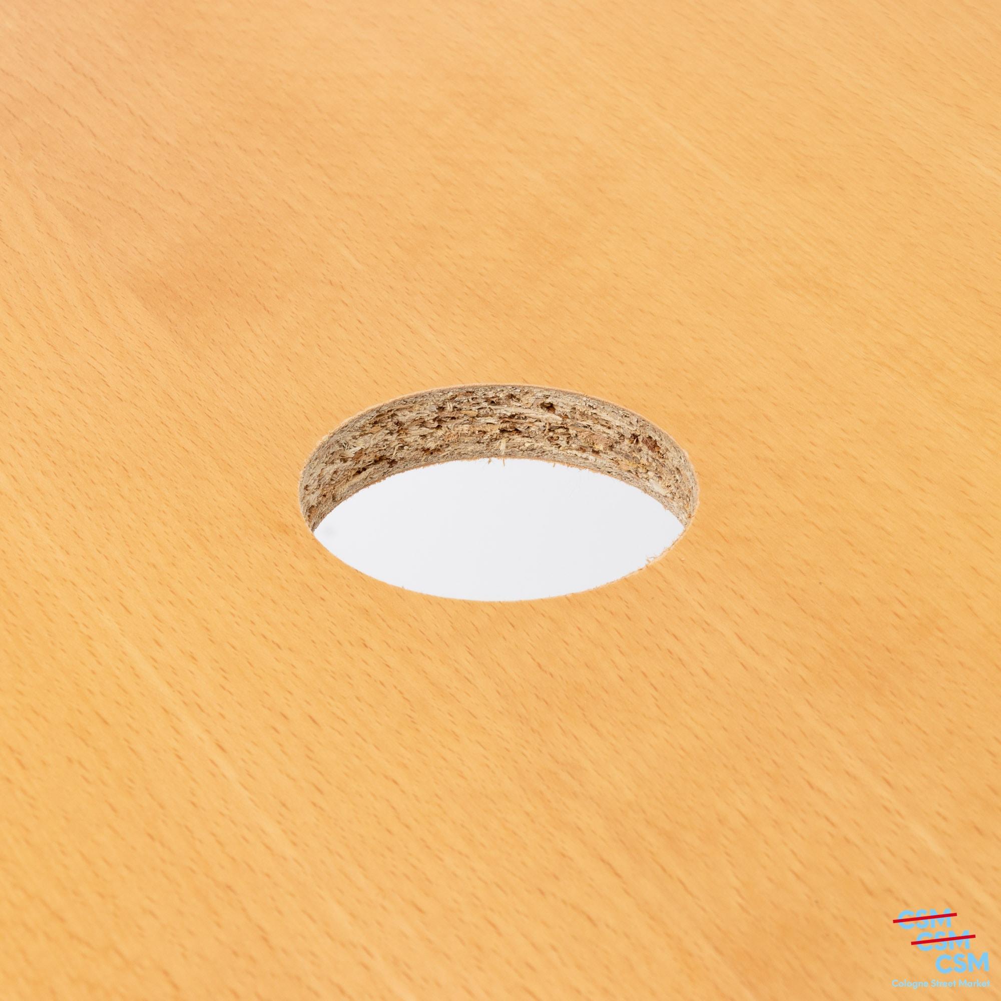 USM Haller Tisch dreieckig mit Loch Buche gebraucht 4