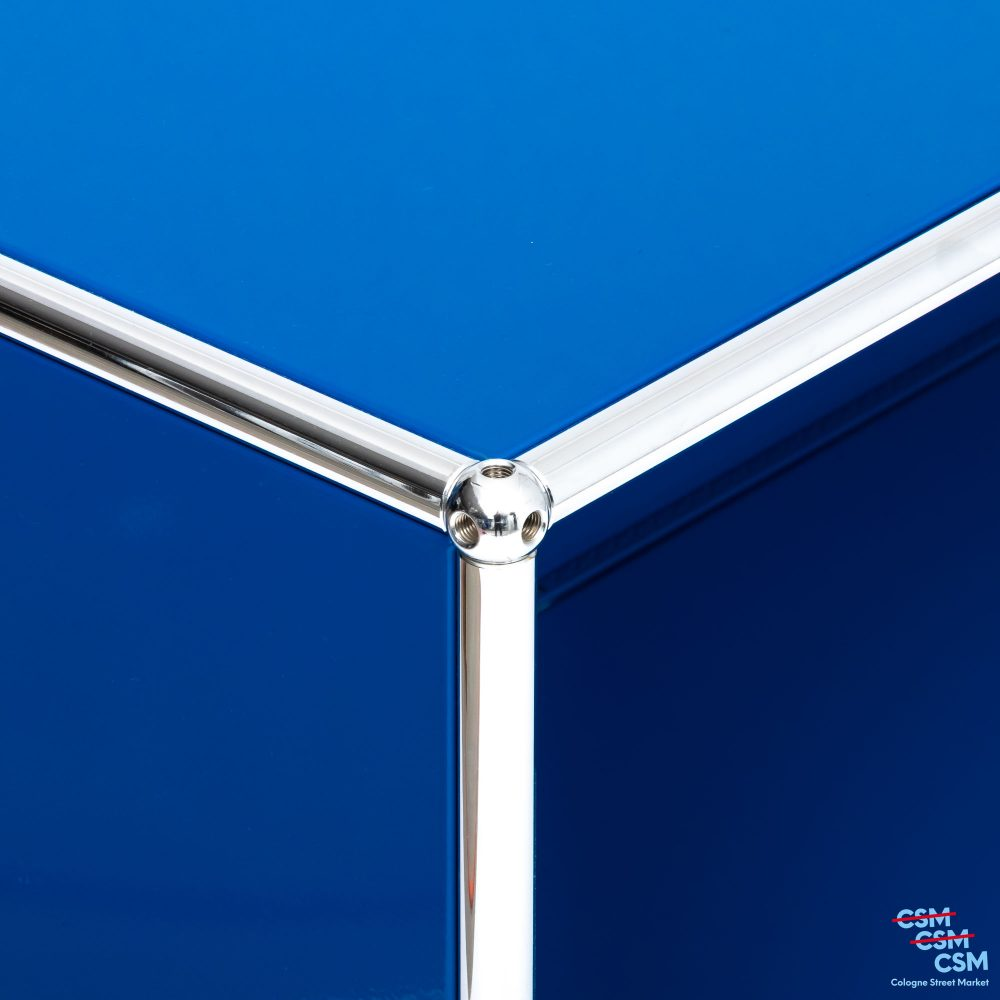 USM-Haller-Sidebard-mit-Klappen-Enzianblau-gebraucht-3