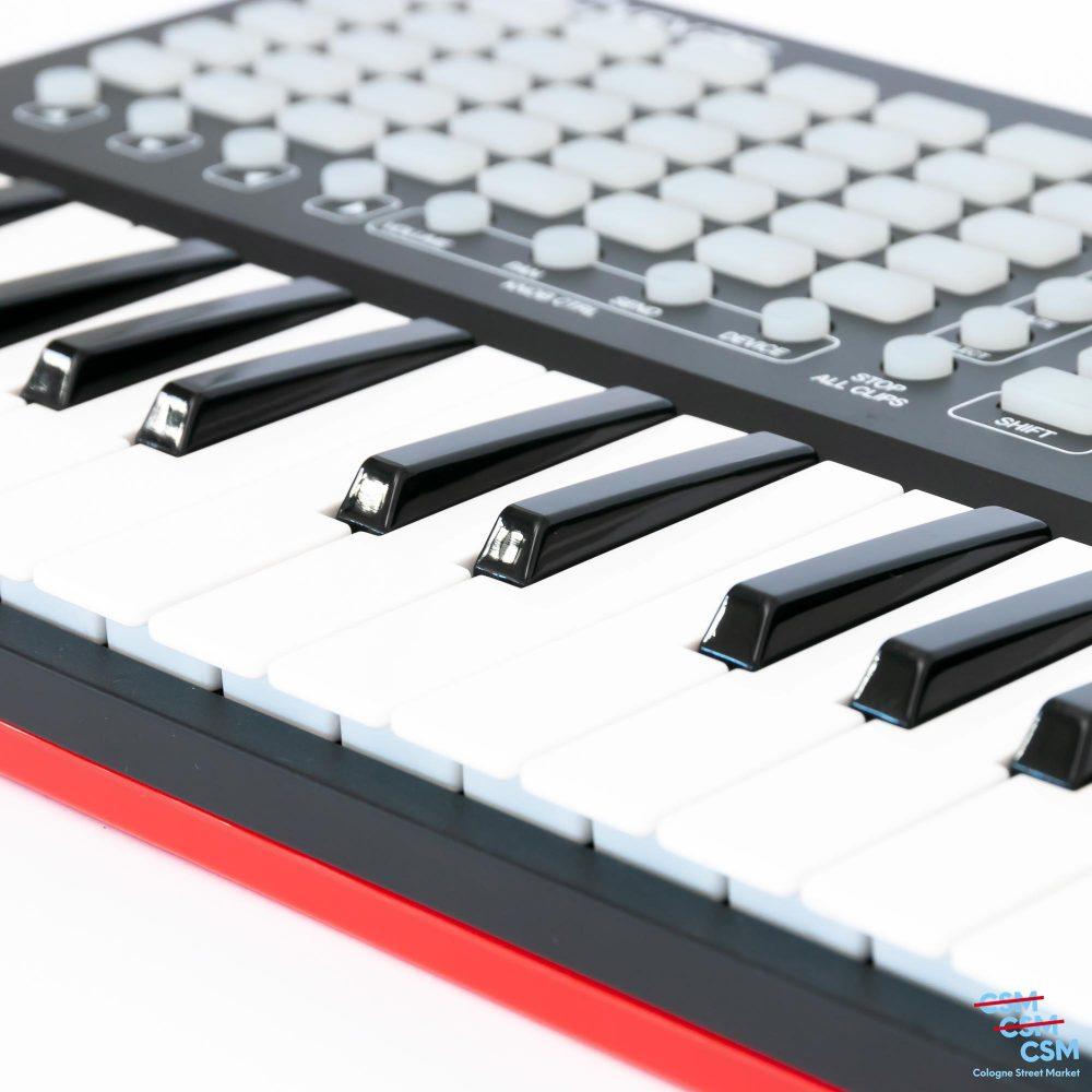 Akai-APC-Key-25-gebraucht-8