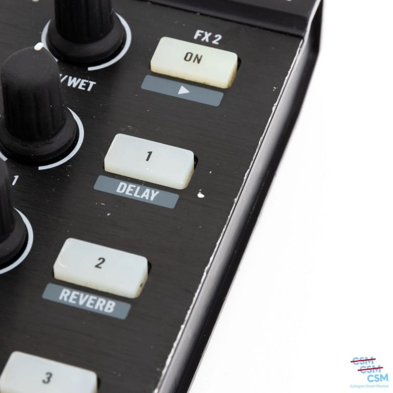 Native-Instrument-Traktor-Kontrol-X1-gebraucht-outlet-12