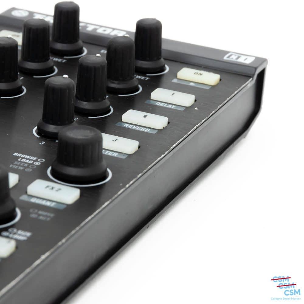 Native-Instrument-Traktor-Kontrol-X1-gebraucht-outlet-8