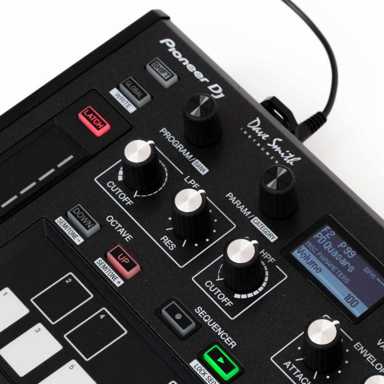 Pioneer-DJ-Toraiz-AS-1-gebraucht-6